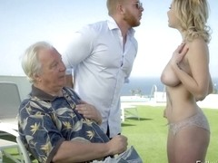Voluptuous blonde Mary Monroe awesome sex with the rich guy