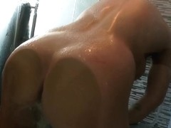Brylee Remington - Pleasing Soapy Shower
