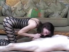 Hawt brunette hair enjoys performing porn