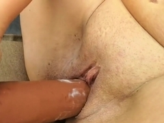 fat Mature slut Anna fuck by a XXL Toy outdoor