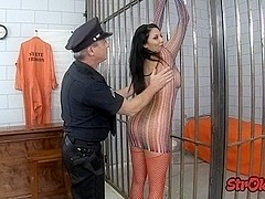 Prisoner slut trades handjob for release