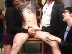gros pénis non découpé