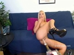 Breasty Brooklyn Bailey live web camera sex machine