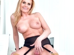 Lili Peterson in Office Pleasure - Anilos