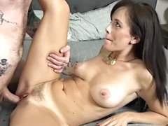 Ladies in action - Alana Cruise