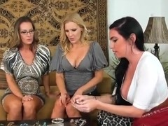 Truly stunning lesbian threesome with stunning whores!