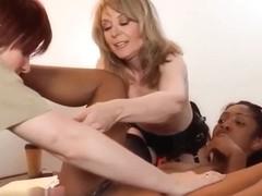 Porno babcia orgia